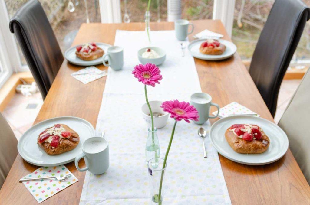 Geschirr-Set als Muttertagsgeschenk