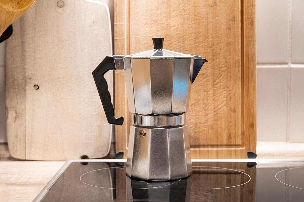 Espresso kochen mit Kanne