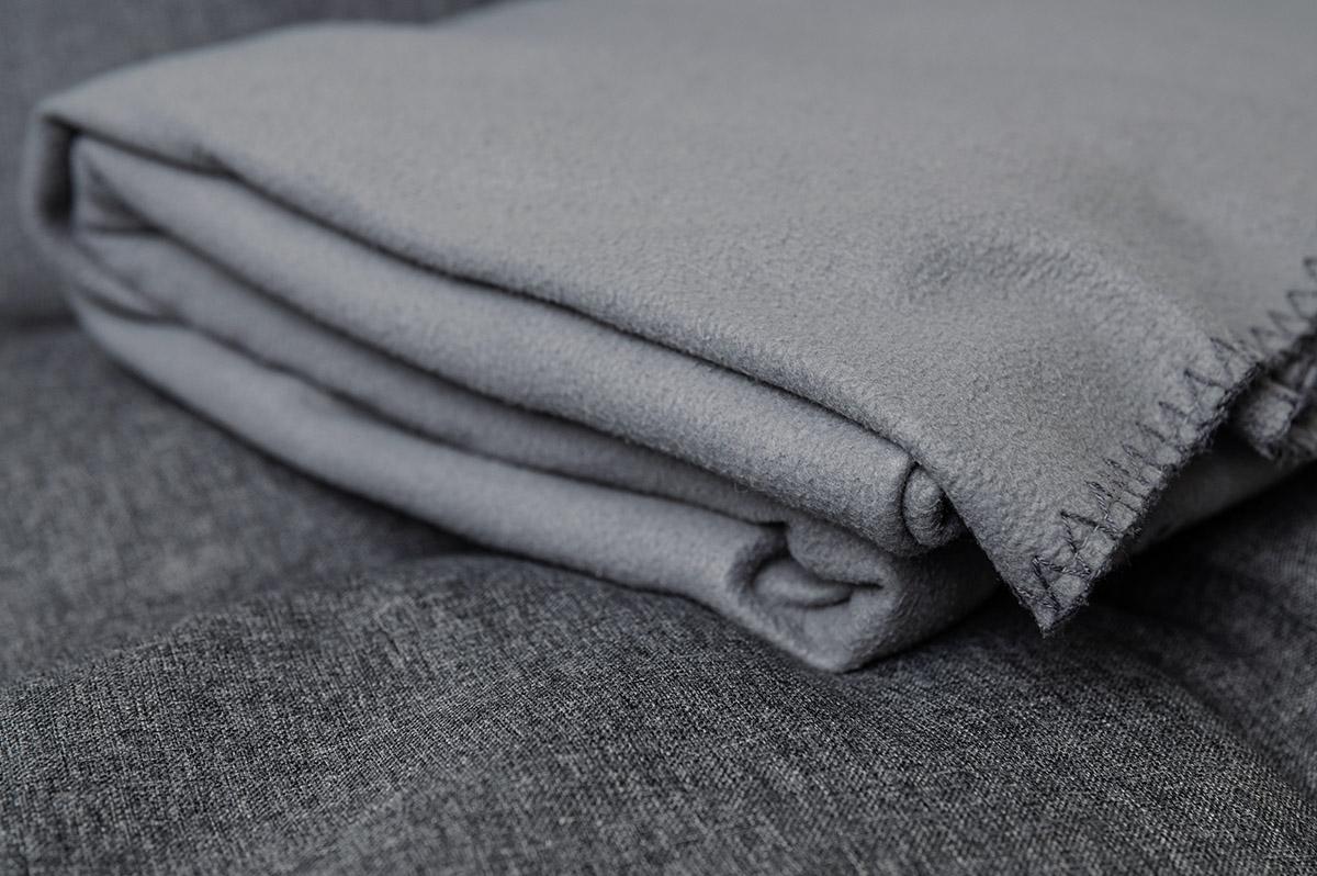 Entspannen zu Hause mit warmer Decke
